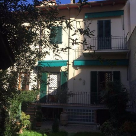 Casa indipendente in Vendita a Firenze Periferia Sud: 5 locali, 200 mq