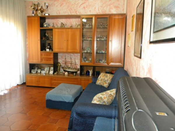 Appartamento in vendita a Busto Arsizio, 3 locali, prezzo € 78.000 | CambioCasa.it