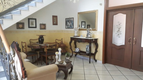 Villa in vendita a Frattaminore, 4 locali, prezzo € 259.000 | Cambio Casa.it