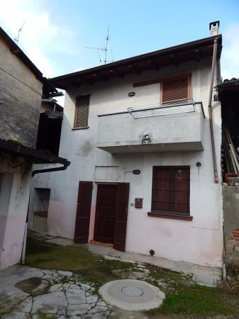 Soluzione Indipendente in vendita a Gravellona Lomellina, 3 locali, prezzo € 53.000 | Cambio Casa.it