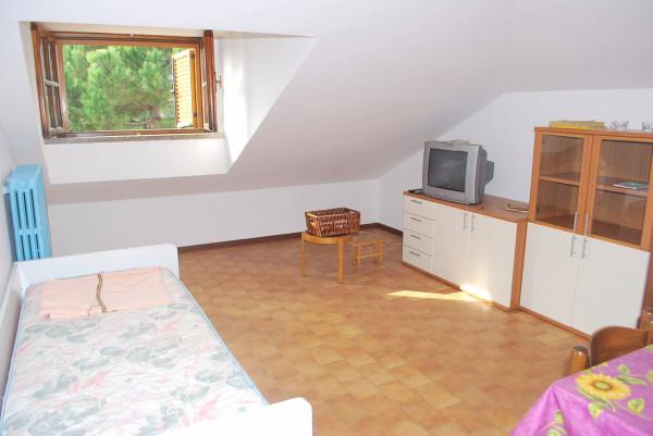 Attico / Mansarda in affitto a Monticello d'Alba, 2 locali, prezzo € 260 | Cambio Casa.it
