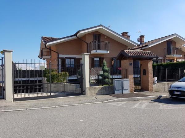 Villa in vendita a Rivalta di Torino, 6 locali, prezzo € 315.000 | Cambio Casa.it