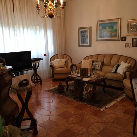 Villa a Schiera in vendita a Latina, 5 locali, prezzo € 500.000 | CambioCasa.it