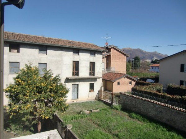 Soluzione Indipendente in vendita a Merone, 6 locali, prezzo € 155.000 | Cambio Casa.it