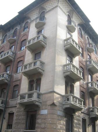 Laboratorio in vendita a Torino, 4 locali, zona Zona: 1 . Centro, Quadrilatero Romano, Repubblica, Giardini Reali, prezzo € 90.000 | Cambio Casa.it