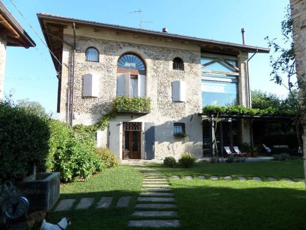 Rustico / Casale in vendita a Sedegliano, 6 locali, Trattative riservate | Cambio Casa.it