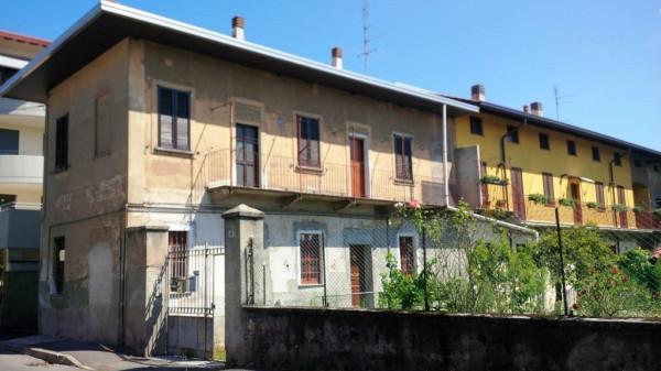 Soluzione Indipendente in vendita a Busto Arsizio, 4 locali, prezzo € 110.000 | Cambio Casa.it