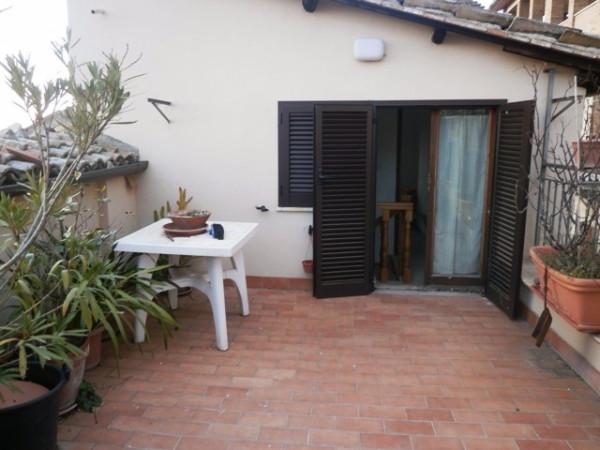Soluzione Indipendente in vendita a Spello, 5 locali, prezzo € 230.000 | Cambio Casa.it