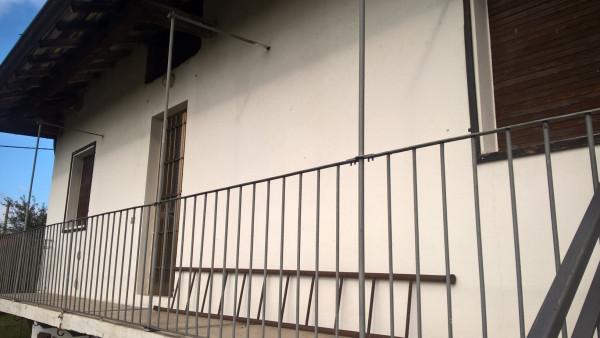 Appartamento in affitto a Fara Gera d'Adda, 2 locali, prezzo € 375 | Cambio Casa.it