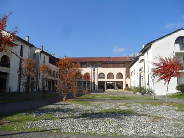 Appartamento in affitto a Inverigo, 3 locali, prezzo € 500 | Cambio Casa.it