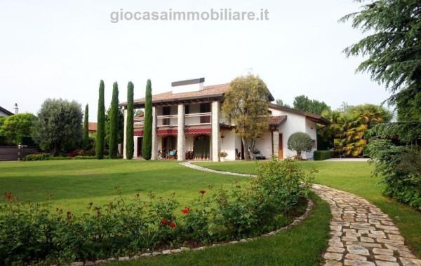 Villa in vendita a Lignano Sabbiadoro, 5 locali, Trattative riservate | Cambio Casa.it