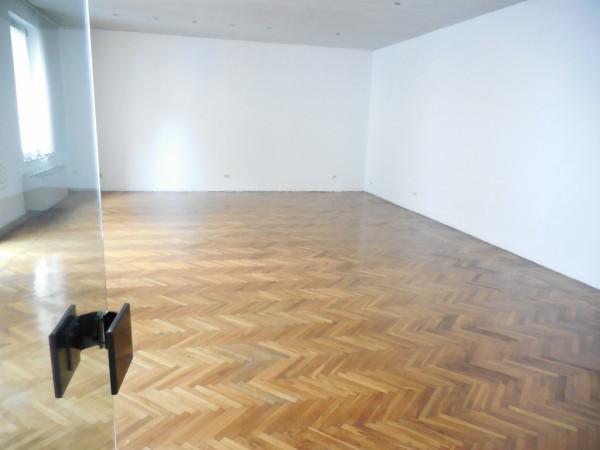 Ufficio / Studio in affitto a Verona, 6 locali, zona Zona: 2 . Veronetta, prezzo € 2.500 | Cambio Casa.it