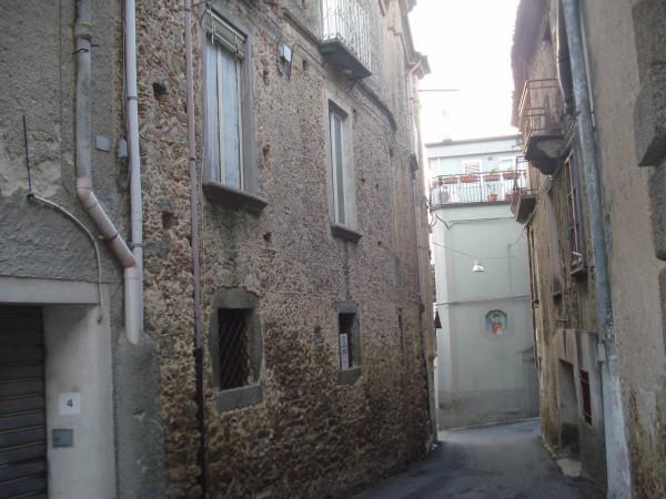 Palazzo / Stabile in vendita a Gasperina, 6 locali, Trattative riservate | Cambio Casa.it