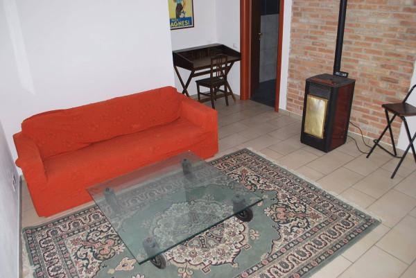 Villa in affitto a Castellinaldo, 6 locali, prezzo € 400 | Cambio Casa.it