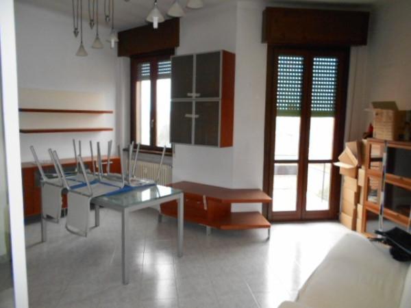 Appartamento in vendita a Sedriano, 3 locali, prezzo € 89.000 | Cambio Casa.it