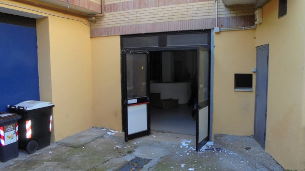 Laboratorio in affitto a Roma, 1 locali, zona Zona: 38 . Acilia, Vitinia, Infernetto, Axa, Casal Palocco, Madonnetta, prezzo € 1.000 | Cambio Casa.it