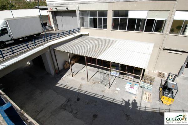 Negozio / Locale in vendita a Palermo, 9999 locali, prezzo € 500.000 | Cambio Casa.it