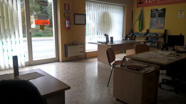 Ufficio / Studio in affitto a Castelnuovo del Garda, 3 locali, prezzo € 490 | Cambio Casa.it