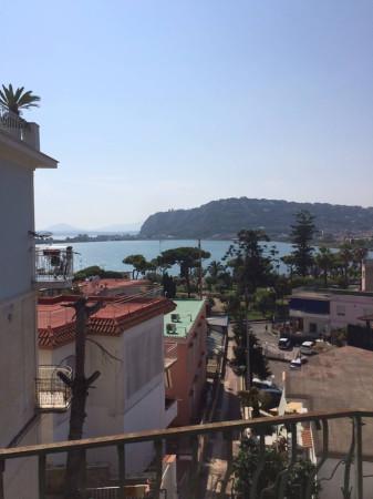 Appartamento in vendita a Bacoli, 9999 locali, prezzo € 320.000 | Cambio Casa.it
