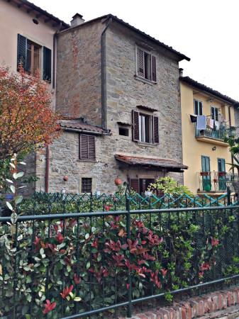 Casa indipendente in Vendita a Cortona Centro: 5 locali, 130 mq