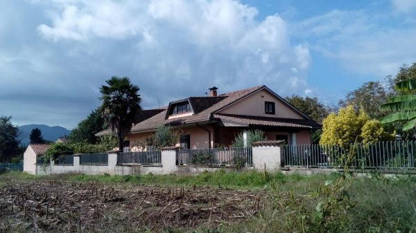 Villa in vendita a Pietramelara, 6 locali, prezzo € 185.000 | Cambio Casa.it