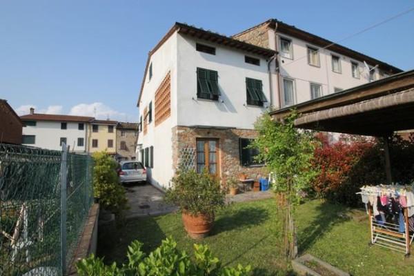 Casa indipendente in Vendita a Capannori Periferia Est: 5 locali, 150 mq