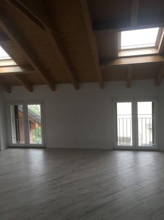 Attico / Mansarda in vendita a Pavia, 2 locali, prezzo € 115.000 | Cambio Casa.it
