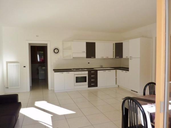 Appartamento in affitto a Calceranica al Lago, 2 locali, prezzo € 600 | Cambio Casa.it