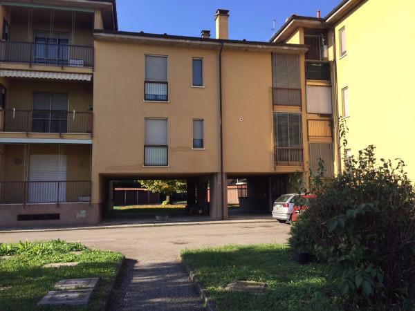 Appartamento in vendita a Ospedaletto Lodigiano, 4 locali, prezzo € 45.000 | Cambio Casa.it