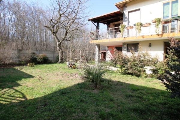 Villa in vendita a Samarate, 3 locali, prezzo € 280.000 | Cambio Casa.it