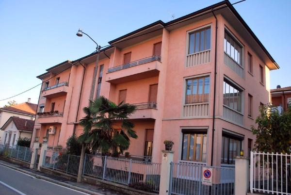 Appartamento in vendita a Alba, 5 locali, prezzo € 215.000 | Cambio Casa.it