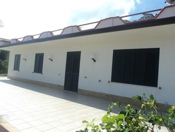 Villa in vendita a Gioiosa Marea, 4 locali, Trattative riservate | Cambio Casa.it