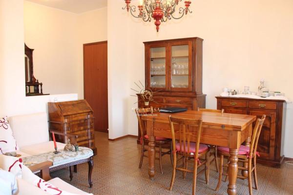 Appartamento in vendita a Barzanò, 3 locali, prezzo € 88.000 | Cambio Casa.it