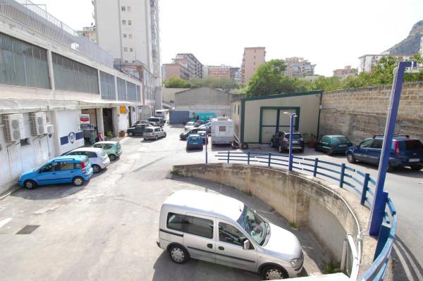 Magazzino in vendita a Palermo, 9999 locali, prezzo € 300.000 | Cambio Casa.it