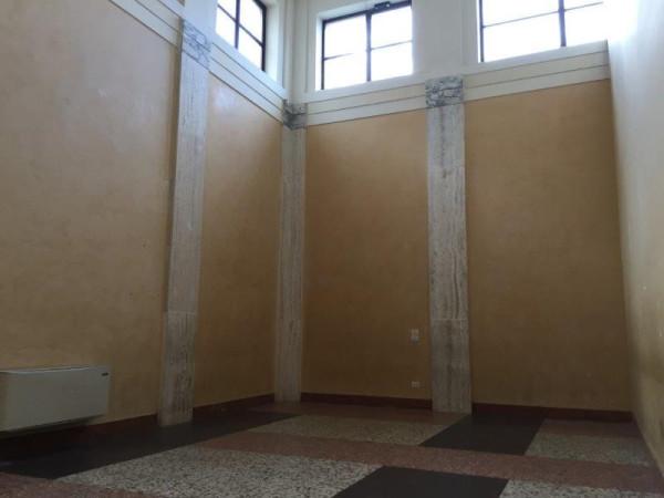 Ufficio-studio in Affitto a Pistoia Centro: 5 locali, 270 mq