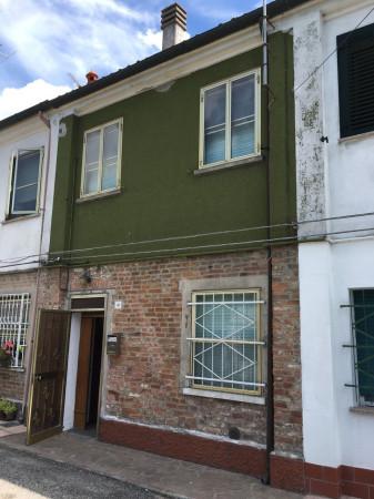 Soluzione Indipendente in vendita a Ferrara, 3 locali, prezzo € 63.000   Cambio Casa.it