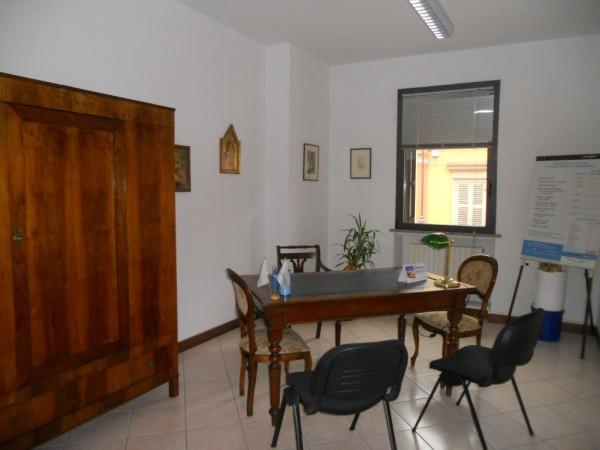 Ufficio / Studio in affitto a Guastalla, 3 locali, prezzo € 550 | Cambio Casa.it