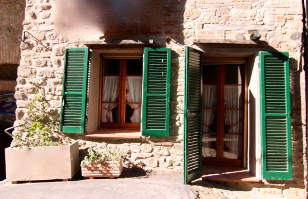 Casa indipendente in Vendita a Passignano Sul Trasimeno Centro: 3 locali, 120 mq