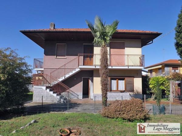 Villa in vendita a Taino, 6 locali, prezzo € 190.000 | Cambio Casa.it