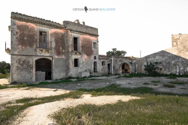 Rustico / Casale in vendita a Siracusa, 6 locali, prezzo € 1.000.000 | Cambio Casa.it
