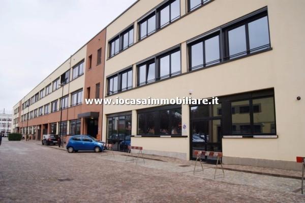 Laboratorio in vendita a Milano, 3 locali, zona Zona: 7 . Corvetto, Lodi, Forlanini, Umbria, Rogoredo, prezzo € 385.000 | Cambio Casa.it