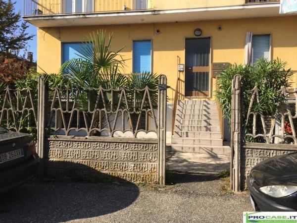 Appartamento in vendita a Uboldo, 2 locali, prezzo € 48.000 | Cambio Casa.it
