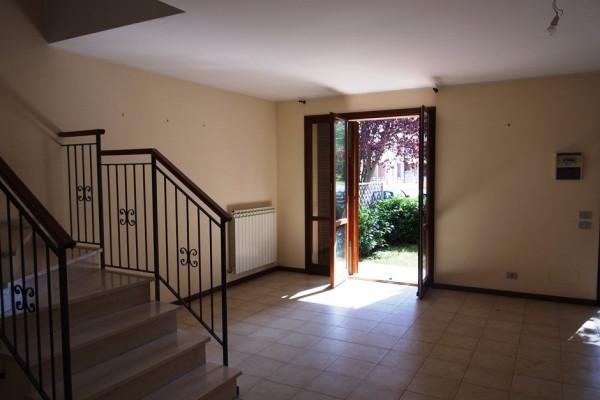 Villa a Schiera in affitto a Pesaro, 5 locali, prezzo € 900 | Cambio Casa.it