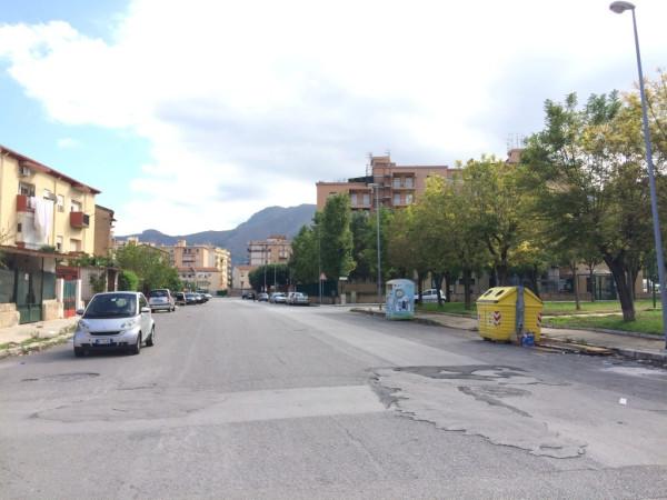 Magazzino in Vendita a Palermo Periferia: 1 locali, 350 mq