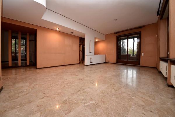 Appartamento in vendita a Vedano al Lambro, 6 locali, prezzo € 440.000 | Cambio Casa.it