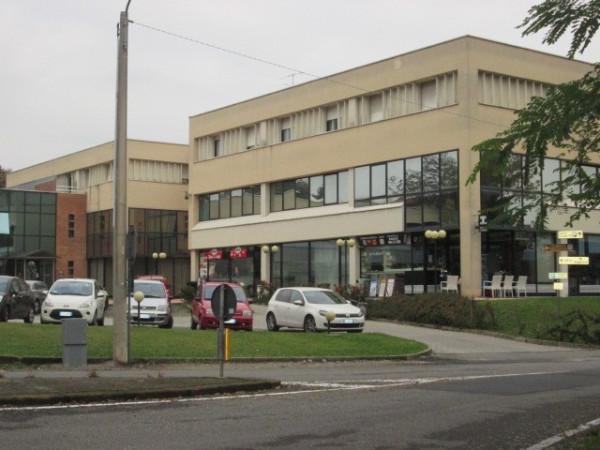Negozio / Locale in vendita a Faloppio, 2 locali, prezzo € 198.000 | Cambio Casa.it