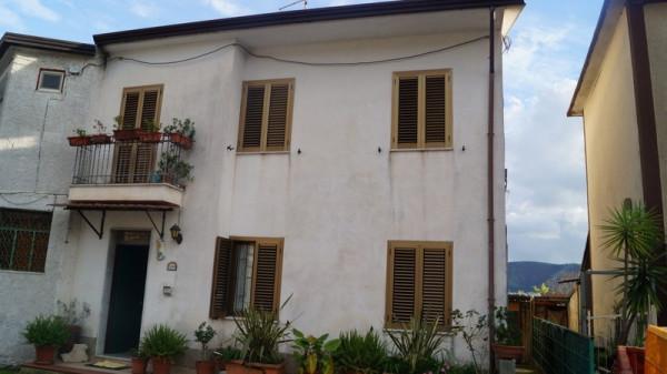 Soluzione Indipendente in vendita a Piana di Monte Verna, 5 locali, prezzo € 85.000 | Cambio Casa.it