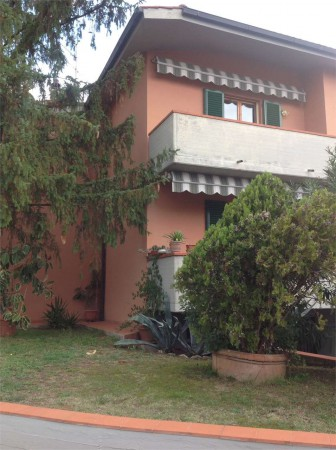 Appartamento in vendita a San Casciano in Val di Pesa, 5 locali, prezzo € 320.000 | Cambio Casa.it