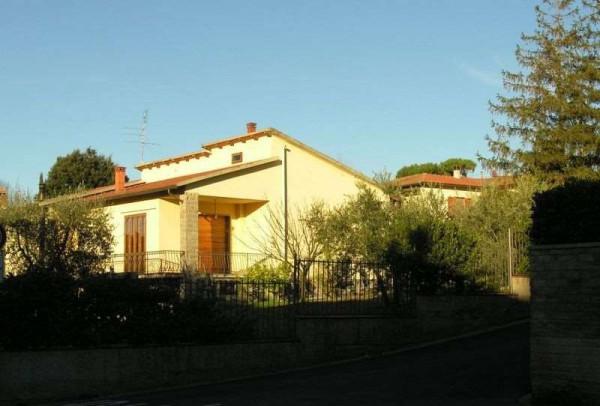 Villa in vendita a San Casciano in Val di Pesa, 6 locali, prezzo € 390.000 | Cambio Casa.it
