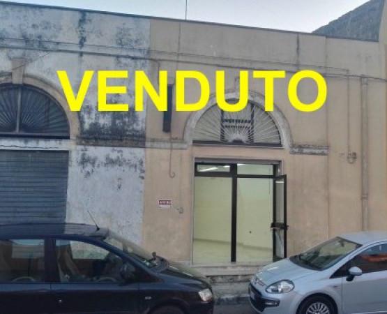 Negozio / Locale in vendita a Salice Salentino, 2 locali, prezzo € 85.000 | Cambio Casa.it